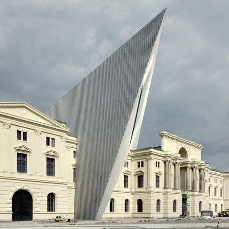 DANIEL LIBESKIND WAR MUSEUM