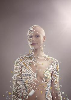 JULIA FULLERTON-BATTEN  BODY