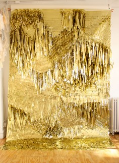 confettisytem gold wall