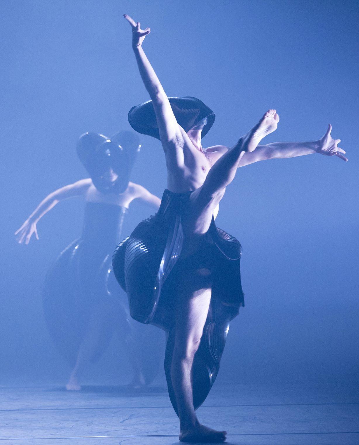 NANINE LINNING ZERO Dance Company Heidelberg