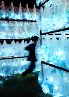 Luzinterruptus   Labyrinth of Plastic Waste