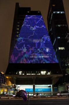 FILE LED SHOW 2015 Yoshi Sodeoka – Pollock GIF