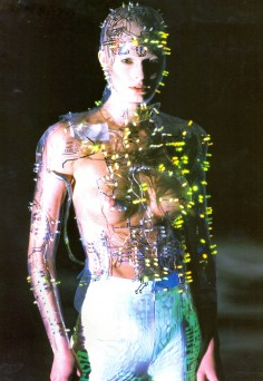 alexander mcqueen Android Couture
