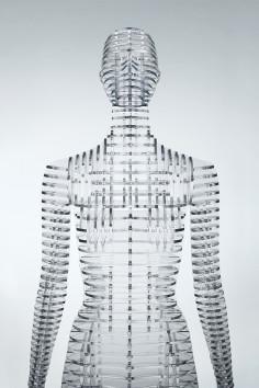 tokujin yoshioka transparent mannequins